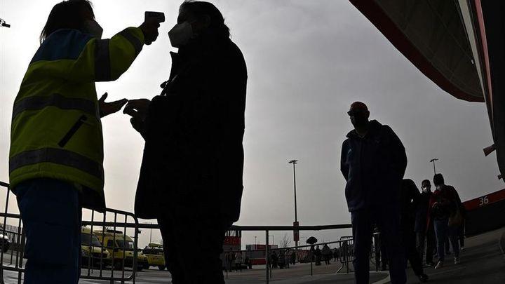 Madrid va dejando la 'meseta' y vuelve a estar en riesgo extremo de contagios