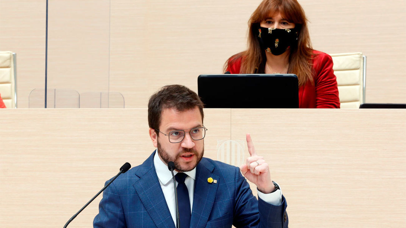 Pere Aragones y la presidenta del Parlament