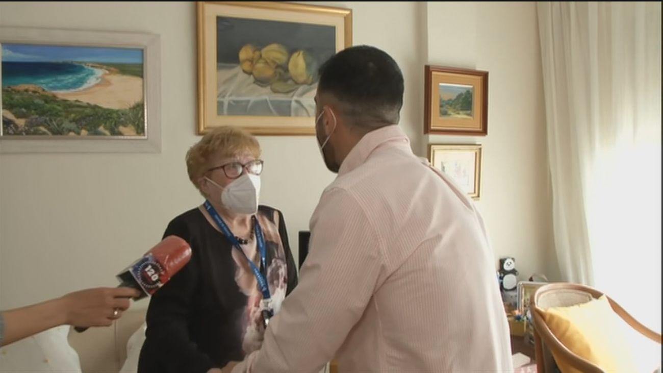 Con los mayores vacunados llegan los reencuentros a las residencias después de un año aislados