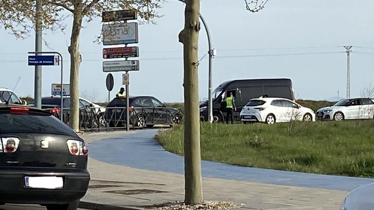 Control policial en Paracuellos del Jarama