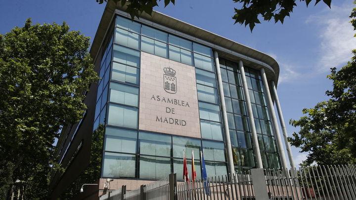 Todos los diputados de la Asamblea de Madrid ya tienen sus credenciales
