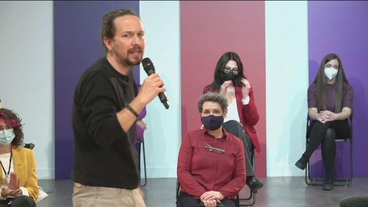 Iglesias presenta la candidatura de Podemos con una activista antidesahucios y el portavoz del Sindicato de Manteros