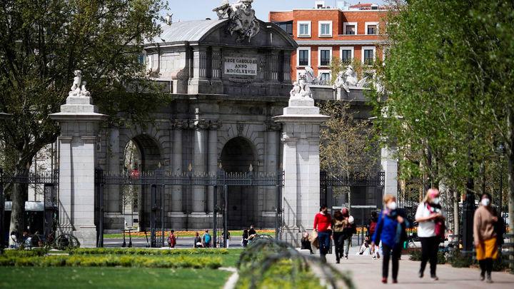 Los madrileños se reencuentran con sus grandes parques al completo