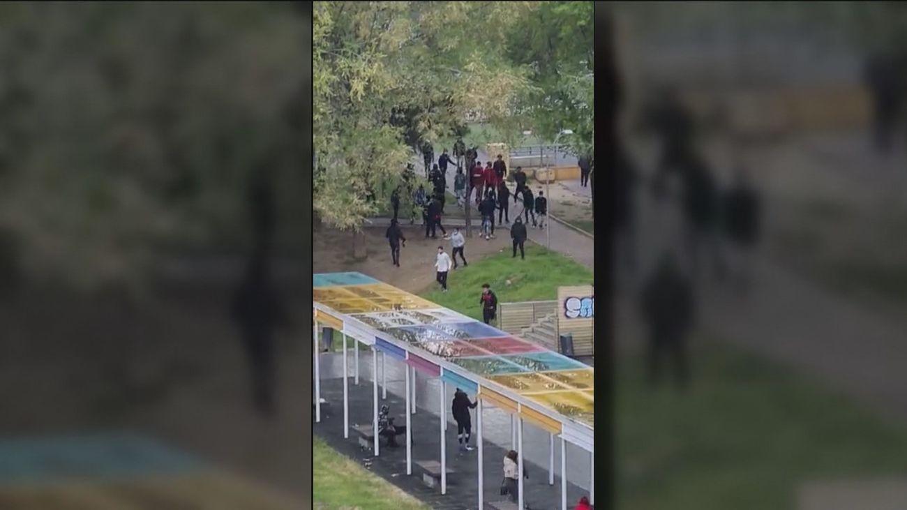 Un grupo de jóvenes se lía a machetazos en pleno centro de Alcorcón