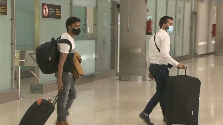 Se acaba la pesadilla para los 348 españoles que aterrizan en Barajas desde Marruecos