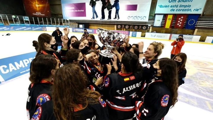 Elena Álvarez y Andrea Merino analizan la décima Copa de la Reina del Hockey Majadahonda