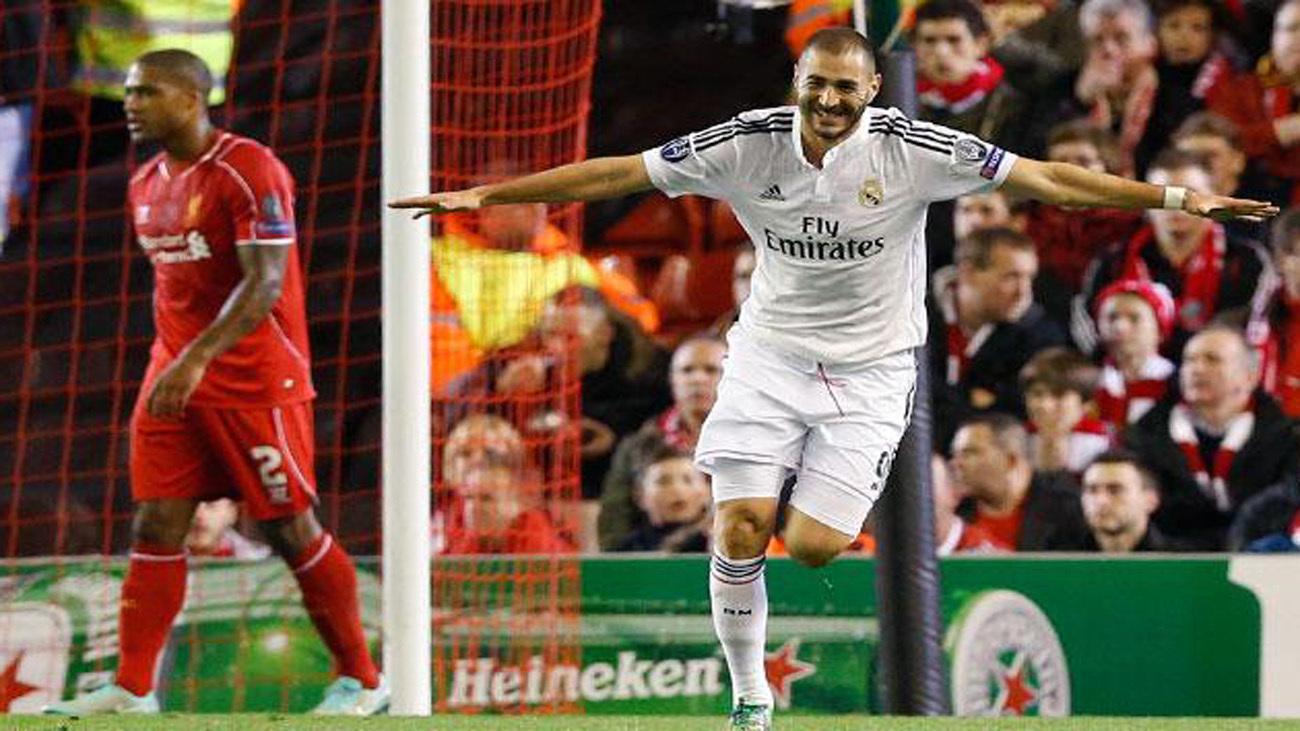 Benzema ante el Liverpool