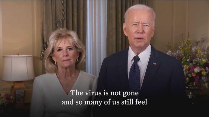 Biden y su esposa invitan a vacunarse contra el Covid a los norteamericanos