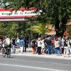 Los directores de institutos de Madrid ven imposible evitar aglomeraciones en la vuelta al cole