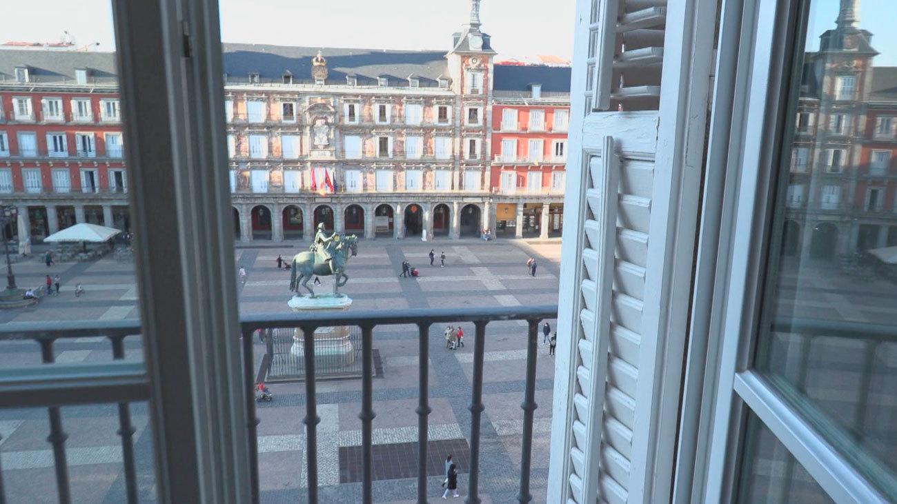 Los hoteles de Madrid sobreviven gracias a los clientes madrileños