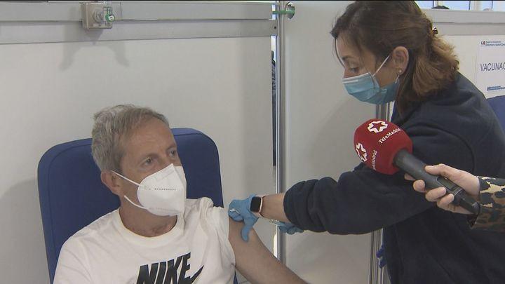 Madrid acelera el ritmo de vacunación: 1.000 dosis a la hora en el Zendal