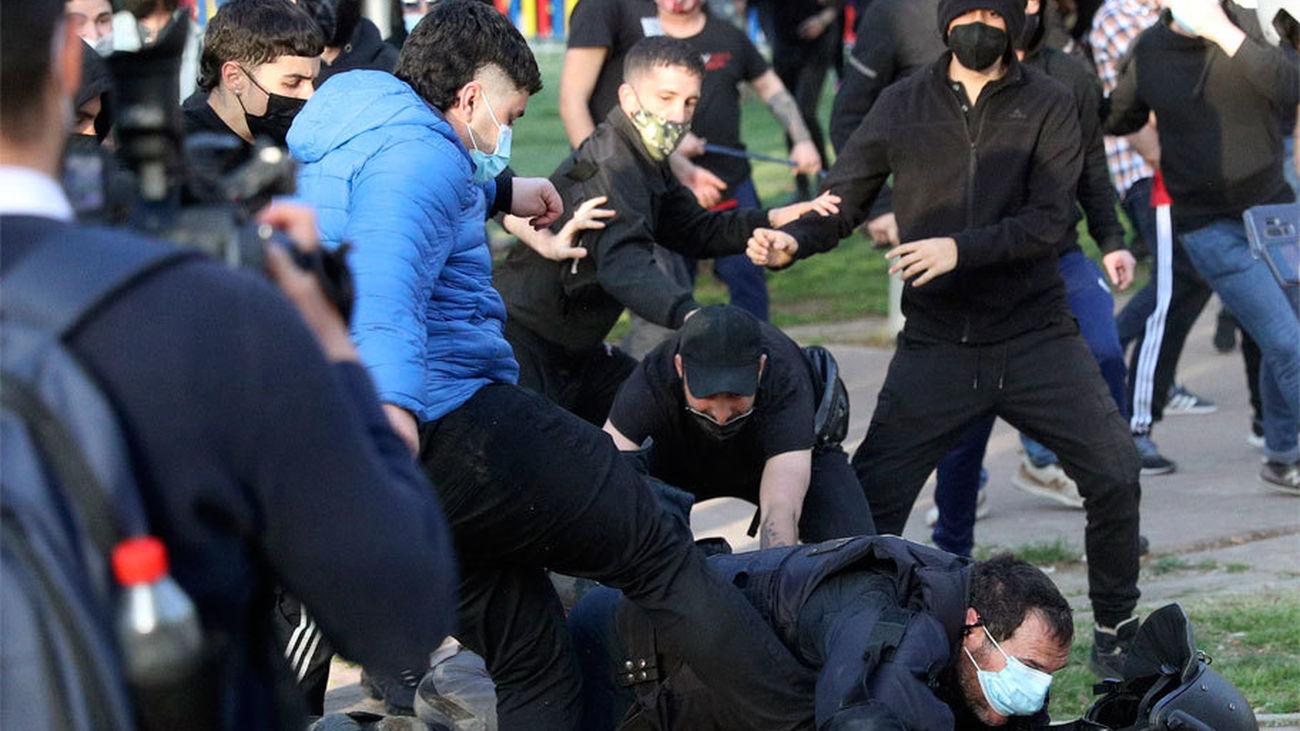 """Cargos de Unidas Podemos acusan a Vox de """"provocar"""" violencia en Vallecas"""