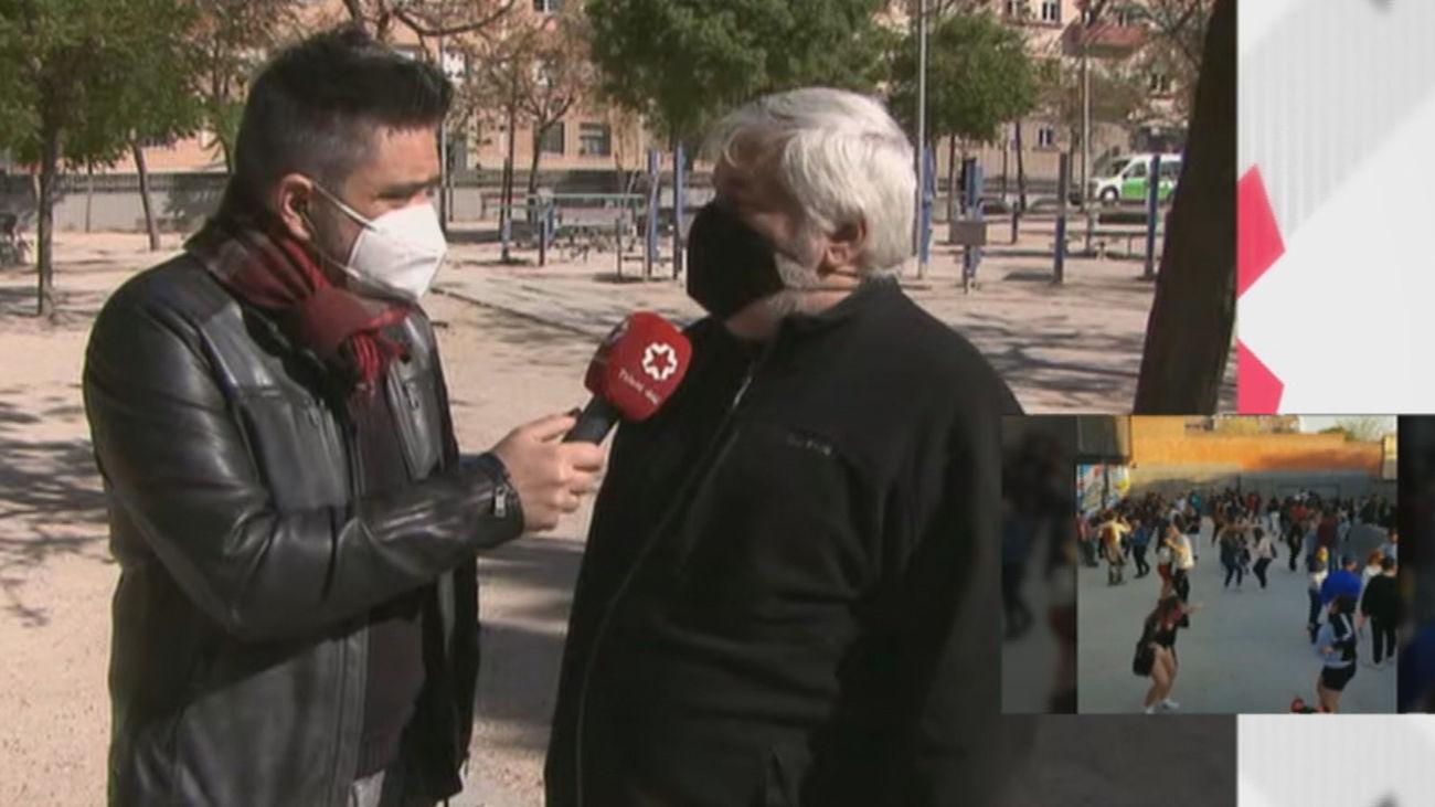 Vecinos de Lavapiés denuncian el 'botellódromo' y la basura acumulada en el parque Casino de la Reina