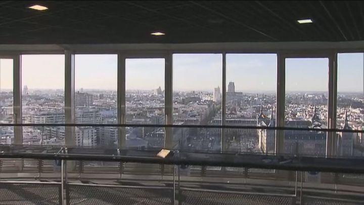 Madrid a vista de pájaro tras la reapertura del Faro de Moncloa con mejores accesos y climatización