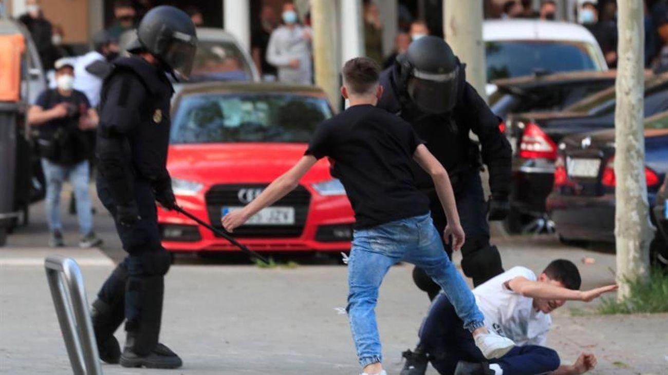 Incidentes en Vallecas durante un mitin de Vox