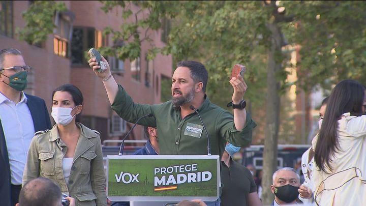 """Vox defiende en Vicálvaro que """"no se van a callar"""" pese a los """"continuos ataques"""""""