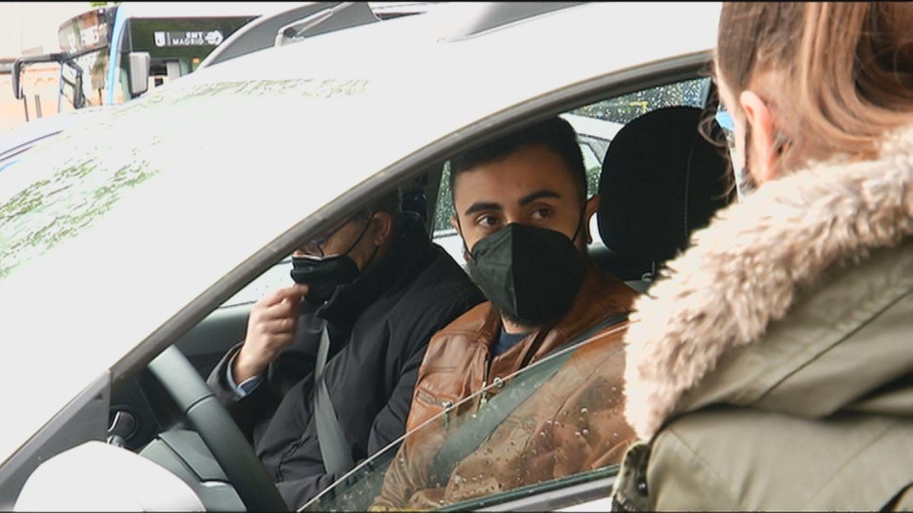 Multas de 100 euros a los no convivientes que no lleven mascarilla en el coche: ¿Lo cumplimos?
