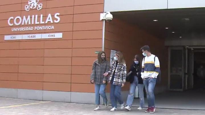Primeras elecciones para muchos jóvenes de Madrid y con la pandemia en mente