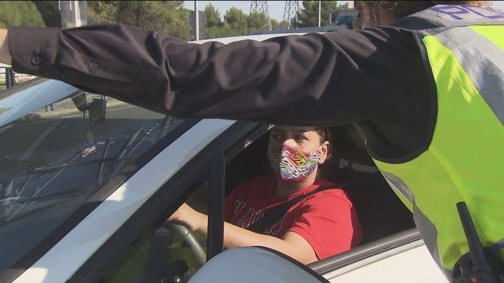 La normativa que regula el uso de la mascarilla en el coche seguirá vigente después del estado de alarma