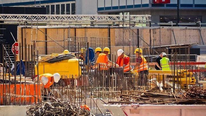 Oportunidad de empleo en Alemania para profesionales de la construcción