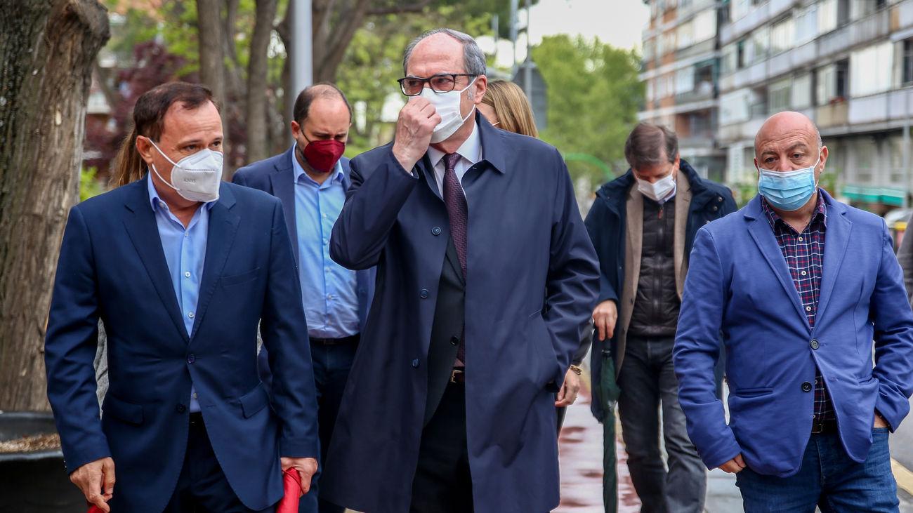 Ángel Gabilondo, durante la visita de este martes a Coslada