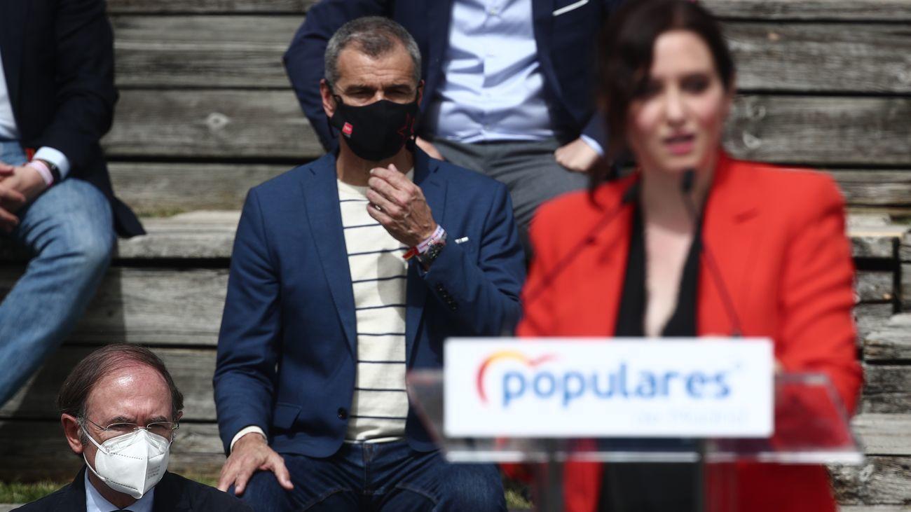 Toni Cantó junto a la presidenta Díaz Ayuso en la presentación de la candidatura del PP de Madrid