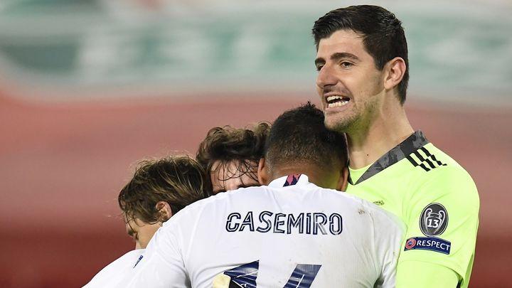 0-0. El Real Madrid resiste en Anfield y avanza a semifinales