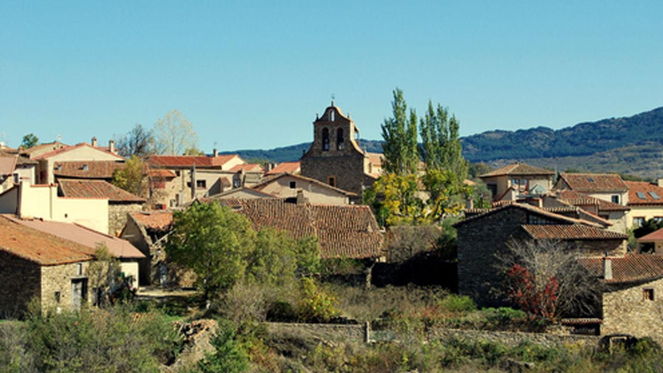 Horcajuelo de la Sierra, el pueblo de Madrid al que no van ni el covid ni los políticos en campaña