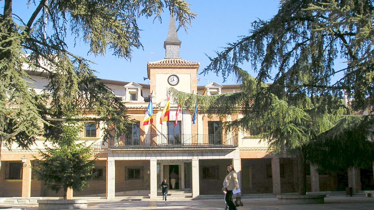 Fachada del ayuntamiento de Las Rozas
