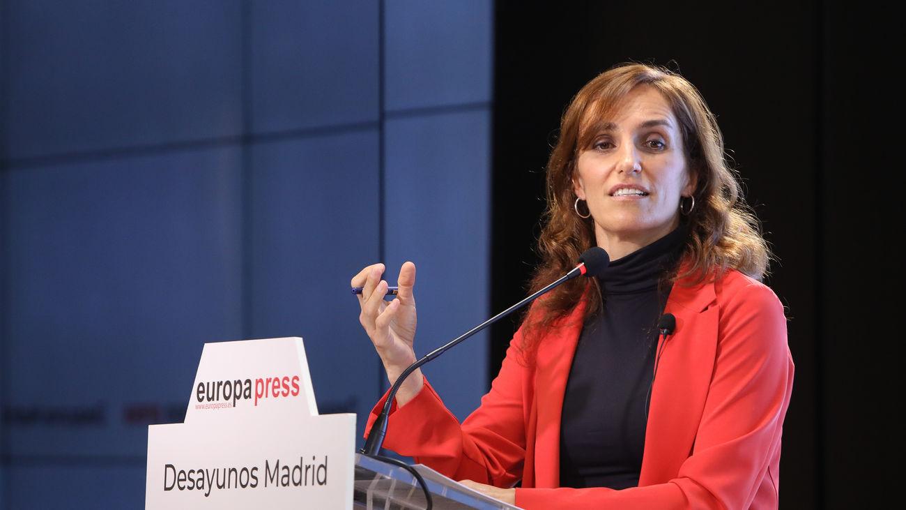 La candidata de Más Madrid, Mónica García, en los desayunos de Europa Press, este jueves