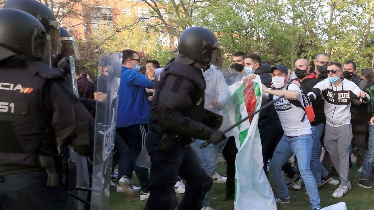 Cinco nuevos detenidos por los disturbios en mitin de Vox en Vallecas
