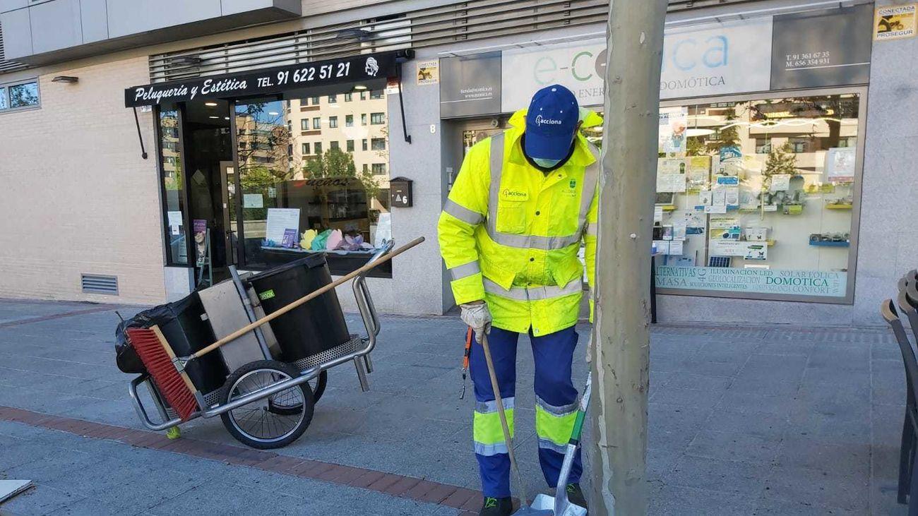 Operario de limpieza de Alcobendas