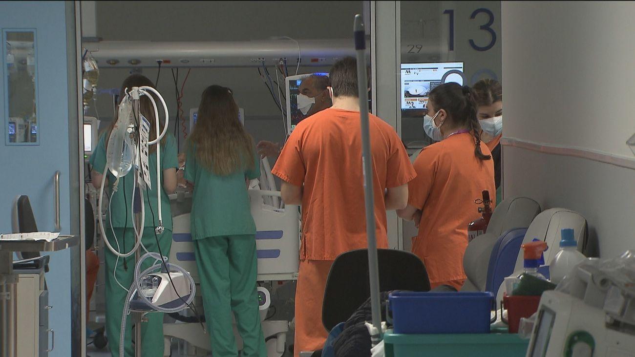 Madrid contabiliza 2.324 nuevos contagios y 14 defunciones desde ayer