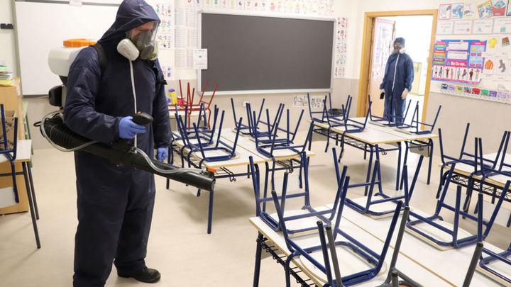 Cómo recuperar las clases y hacerlo con garantías sanitarias en los colegios de Madrid tras el 4M