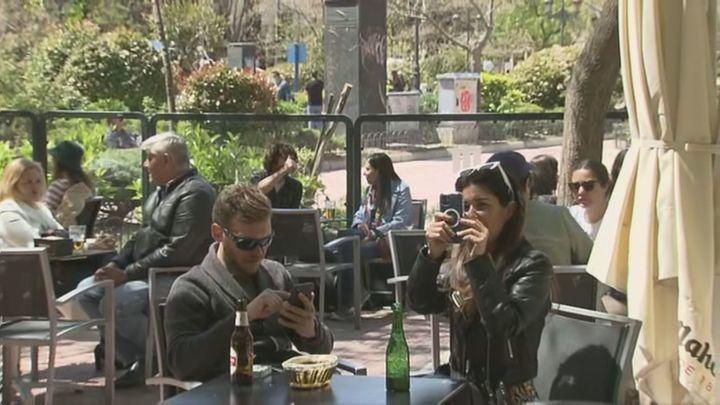"""Los hosteleros de Olavide, ante las nuevas restricciones: """"La gente del barrio va a seguir saliendo a tomarse su aperitivo"""""""