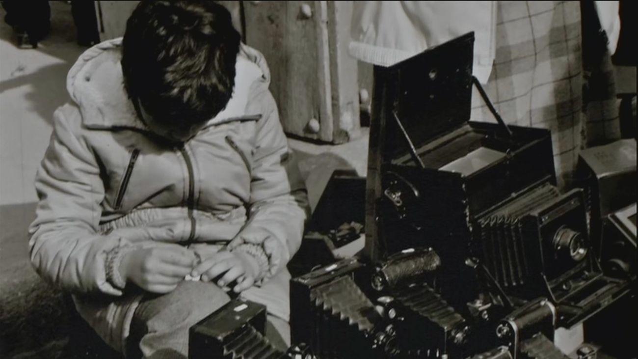 De tener un puesto de cámaras en el Rastro a abrir la mayor tienda de fotografía en Europa