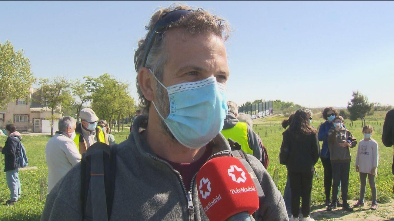 Vecinos de Getafe se movilizan para limpiar la ribera del Manzanares y denunciar su abandono