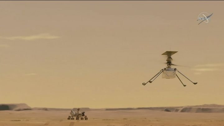 Emoción y alegría en la Nasa por el primer vuelo controlado del 'Ingenuity' en Marte, un hito en la exploración espacial