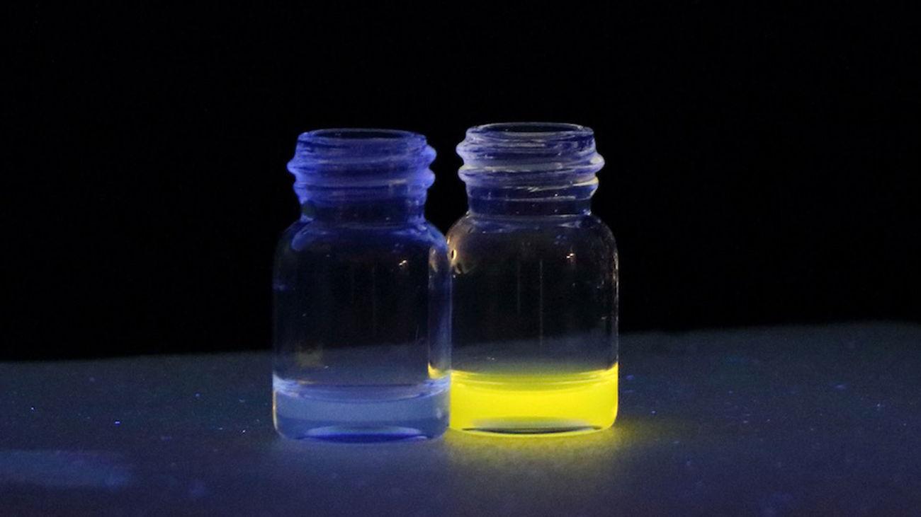 la Universitat de València ha desarrollado un sistema con sensores que cambian de color ante la presencia en la bebida de ácido hidroxibutírico (GHB)