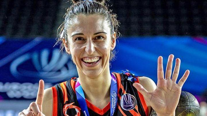 """Alba Torrens, ganadora de seis Euroligas: """"Lo mejor de ganar es el camino, eso te hace feliz"""""""