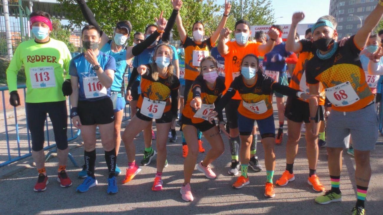 Atletismo y fútbol en Alcalá, y carrera popular PAU de Vallecas