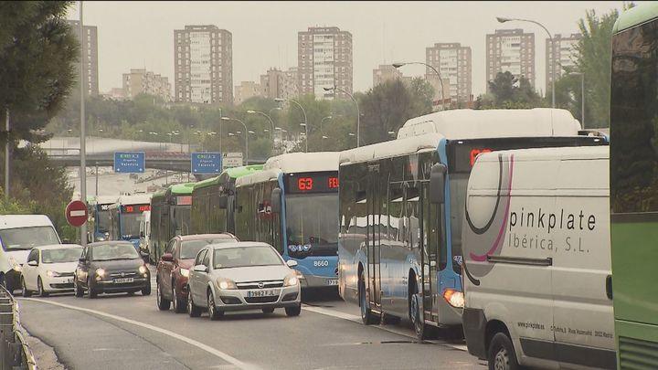 El tráfico de Madrid, de nuevo complicado con la lluvia