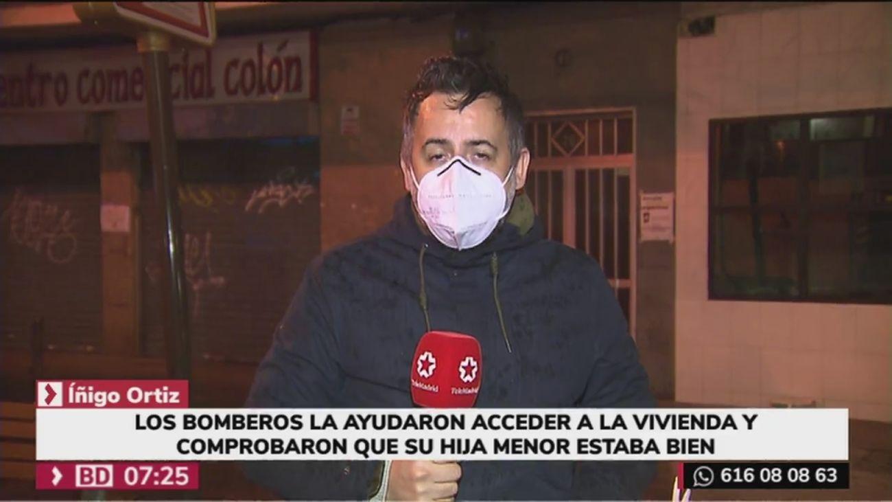 Una madre de Alcorcón necesita la ayuda de los bomberos para acceder a su casa con su hija menor dentro