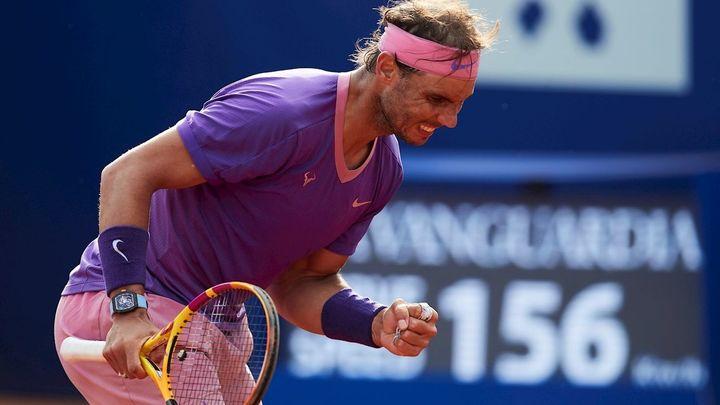 Nadal se mete en semifinales del Godó por la vía rápida