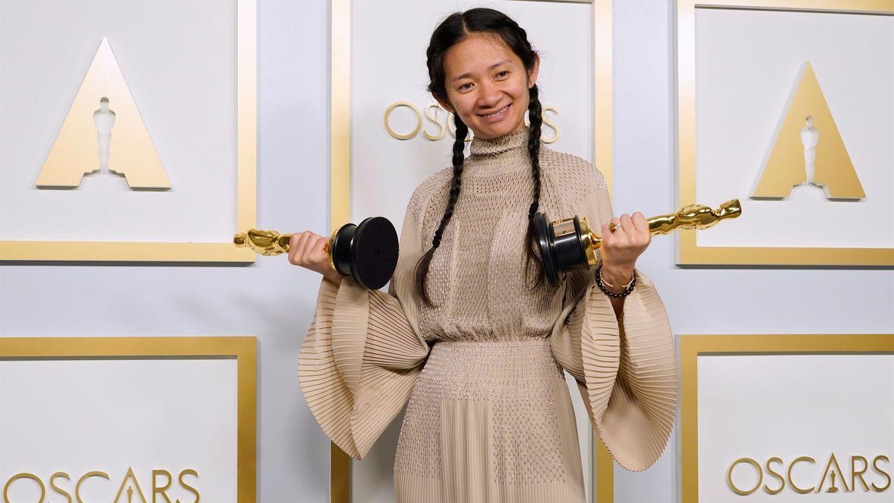 'Nomadland' de Chloé Zhao hace historia  en los Oscar de la pandemia