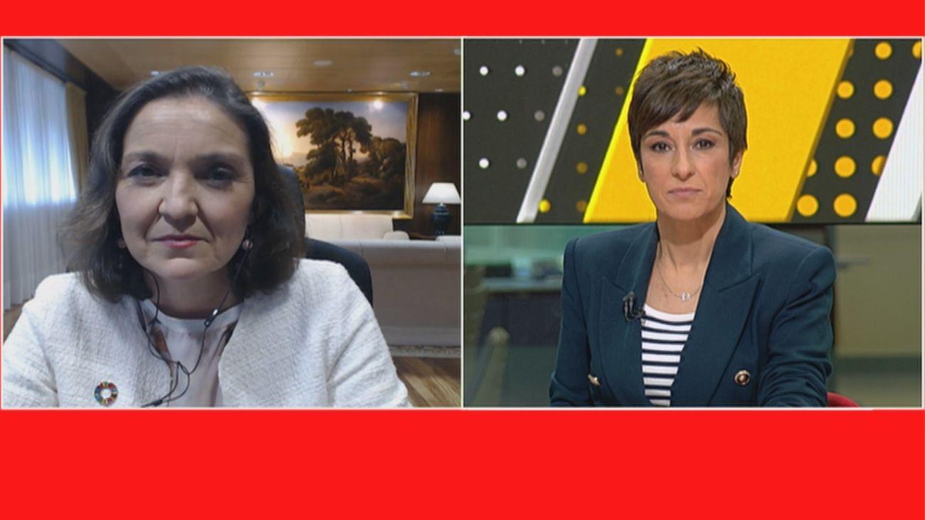 """La ministra Reyes Maroto, tras recibir la carta con la navaja: """"Esto es muy grave, hay que pararlo"""""""