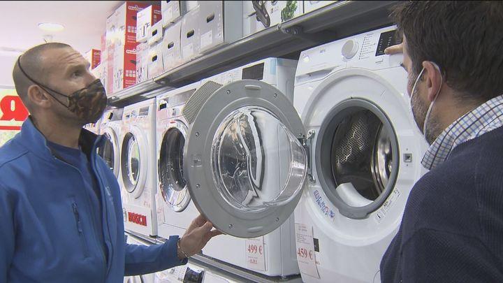 Cómo ahorrar sabiendo los electrodomésticos que más gastan y cuándo