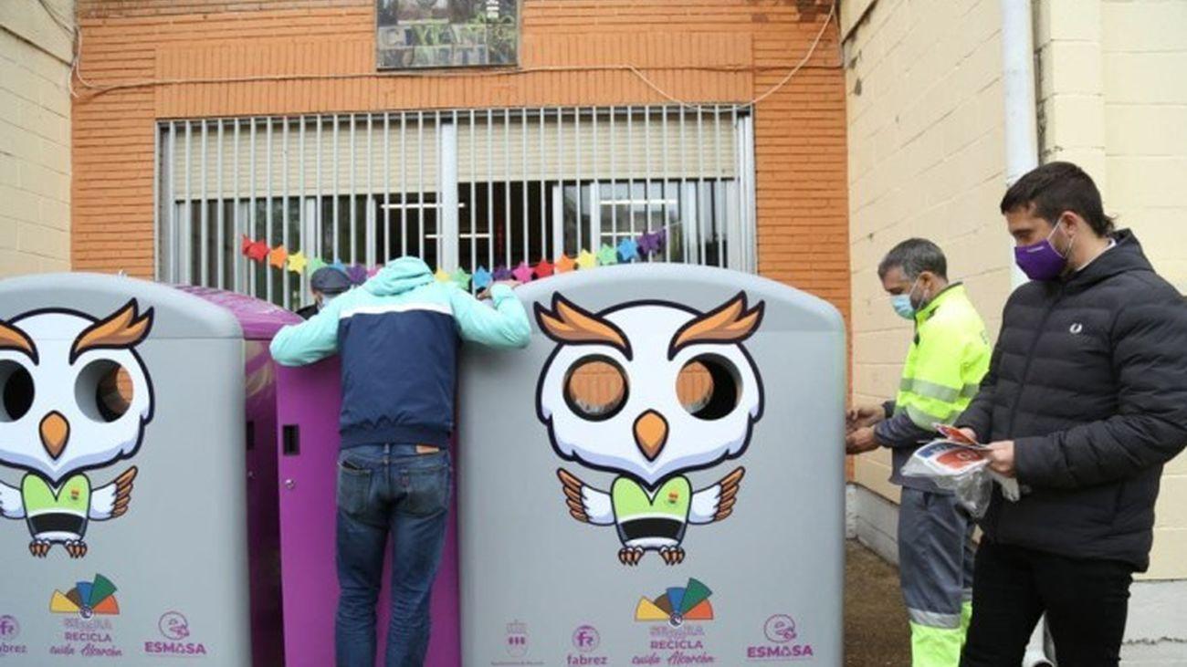 Alcorcón instala contenedores que incluyen fracción  orgánica para promover el reciclaje en centros escolares