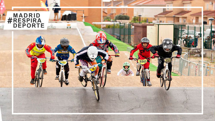 Arrancó en El Álamo la Copa de Madrid de BMX con récord de participación