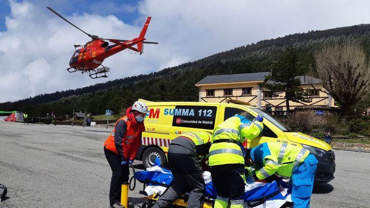 Herido un excursionista tras caer en un pequeño alud en Peñalara